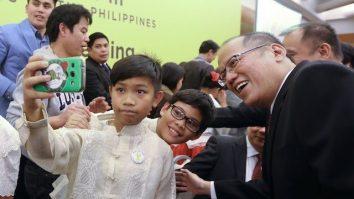 Noynoy Aquino in Filcom meeting, Rome, Italy