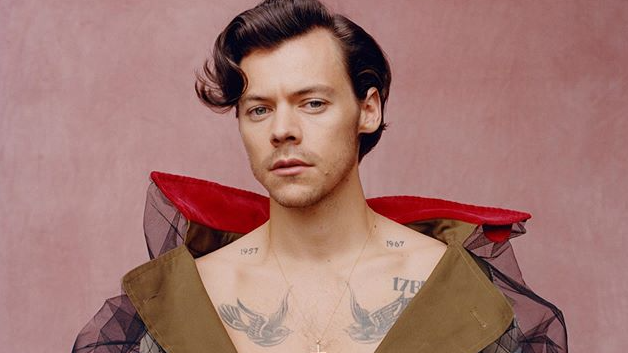 look harry styles makes history in first vogue cover look harry styles makes history in