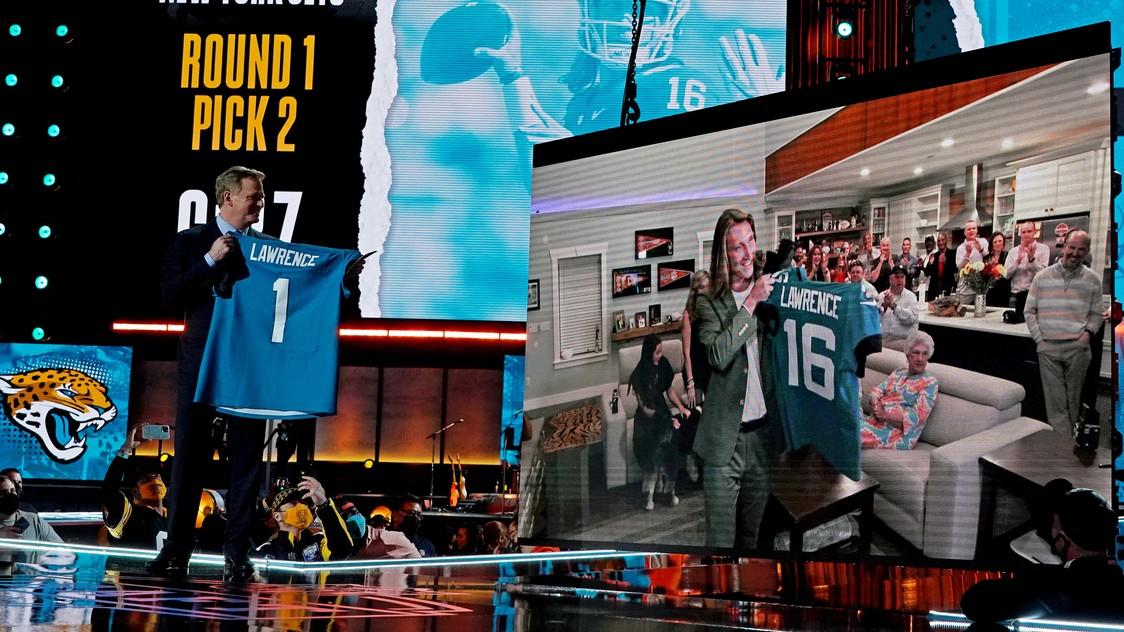 Jaguars tab Trevor Lawrence with top pick of NFL draft - Rappler