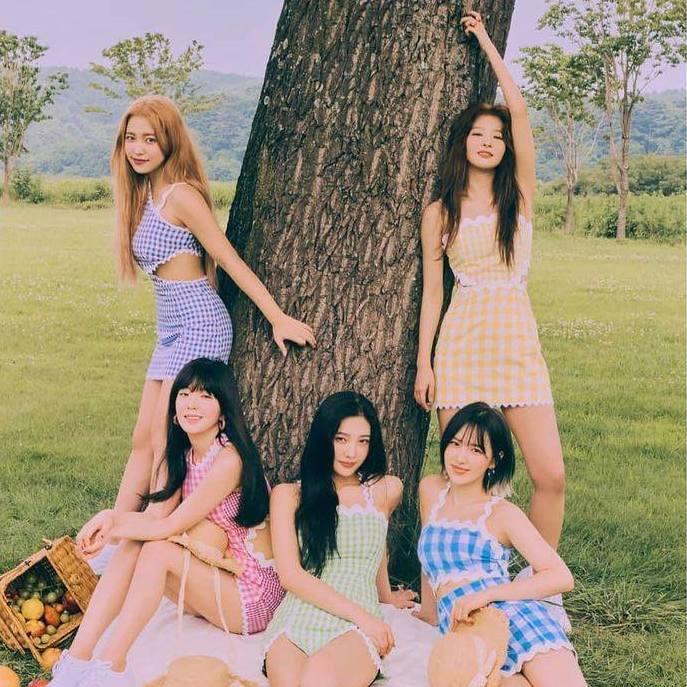 Red Velvet drops first teaser for 'Queendom'