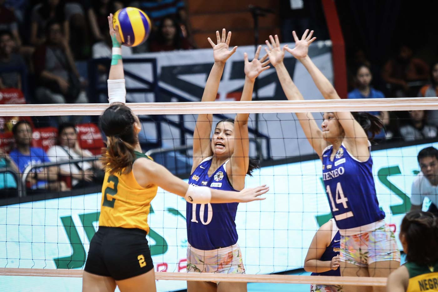 Ateneo Thwarts Feu In 5 Set Thriller