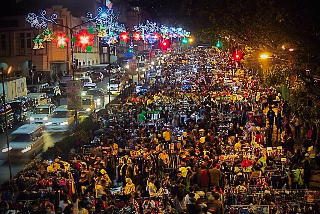 Baguio night market in danger of closure