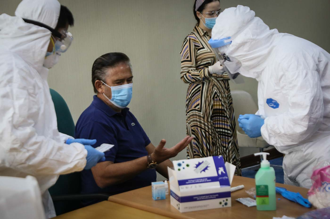 RAPID TEST. Senate President Vicente Sotto III undergoes a rapid coronavirus test before the start of the session on Monday, May 4, 2020. Photo by Louie Sauro Millang/Senate PRIB