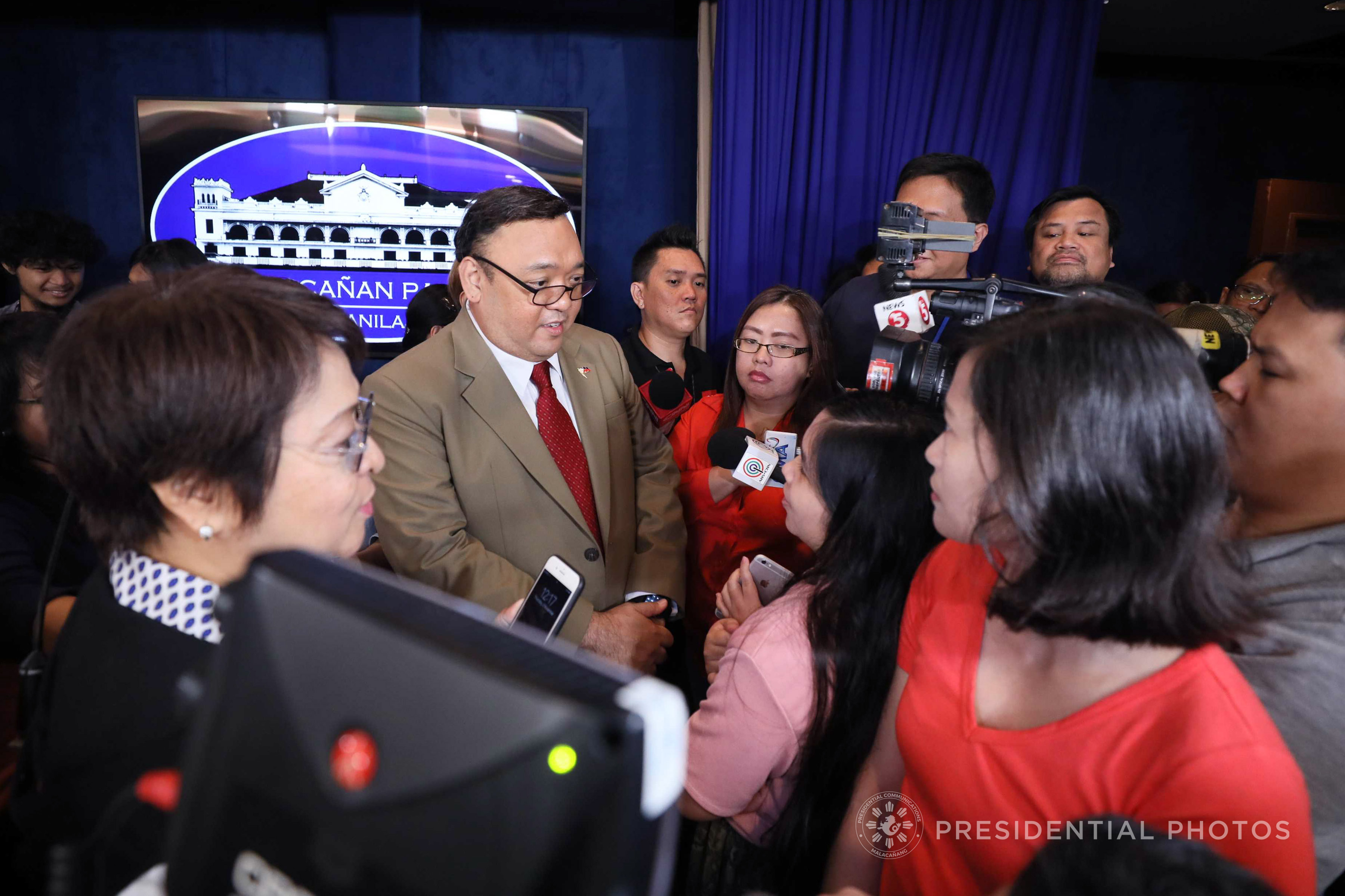 Rappler Reporter Remains In Malacañang Press Corps Unless Sec Ruling Final Mpc