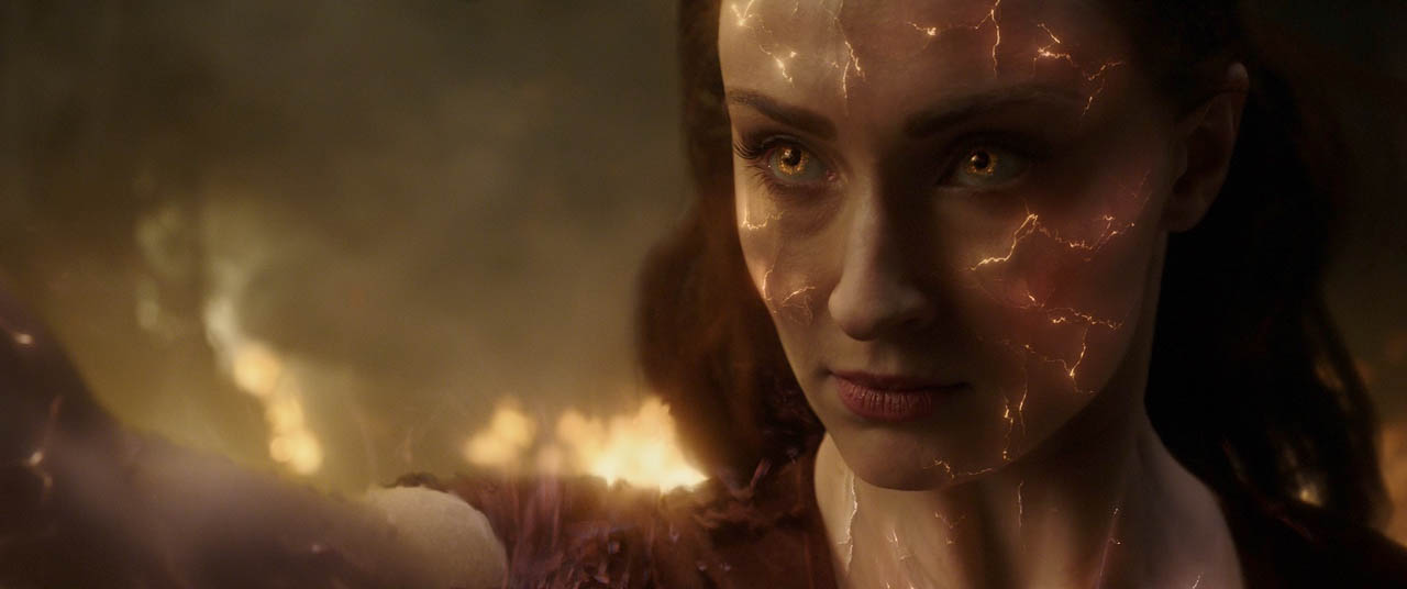 DARK PHOENIX. Jean Gray becomes a dangerous person to humanity.