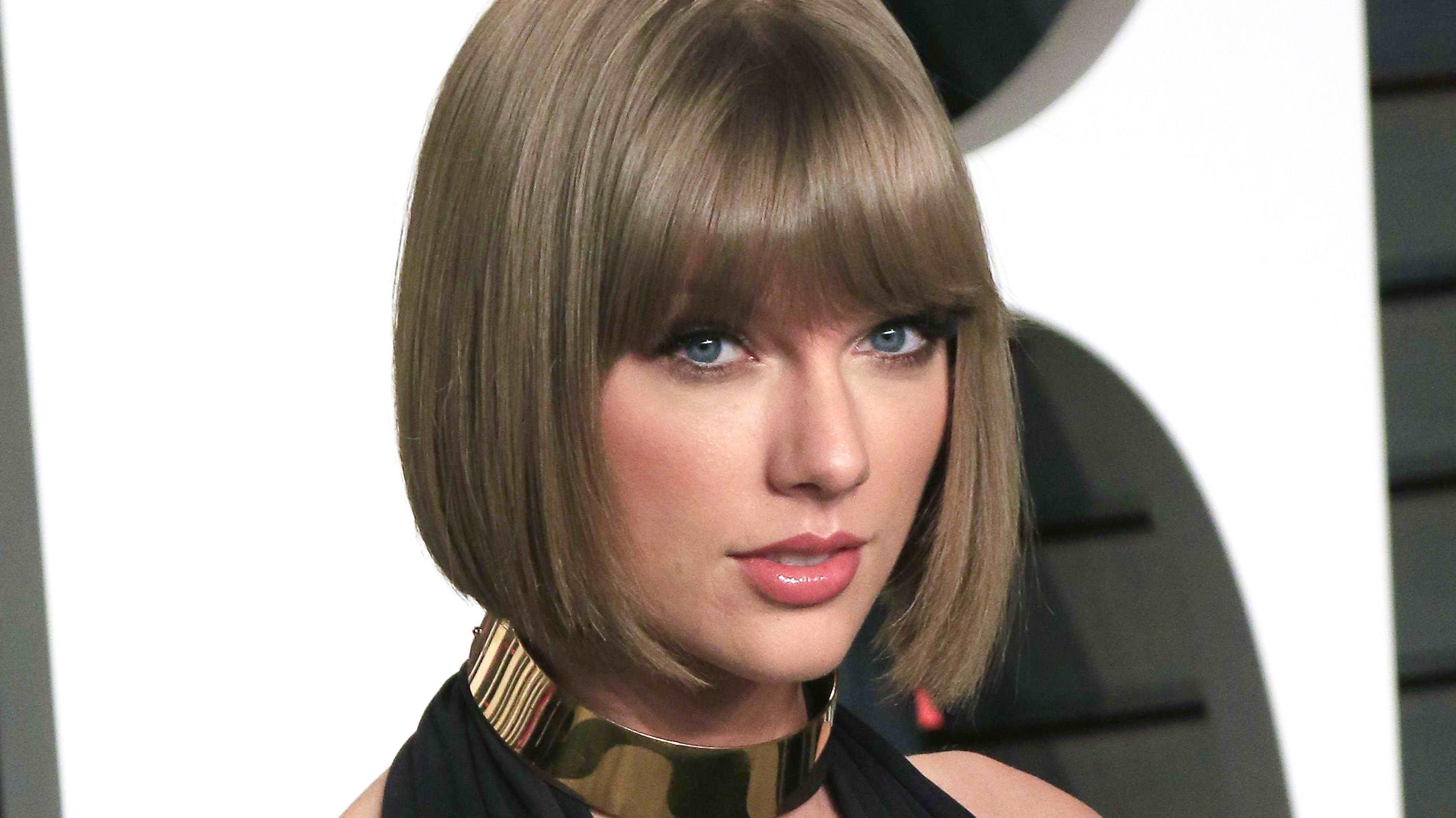 Taylor Swift Responds To Kim Kardashian S Phone Call Leak About Kanye West S Famous