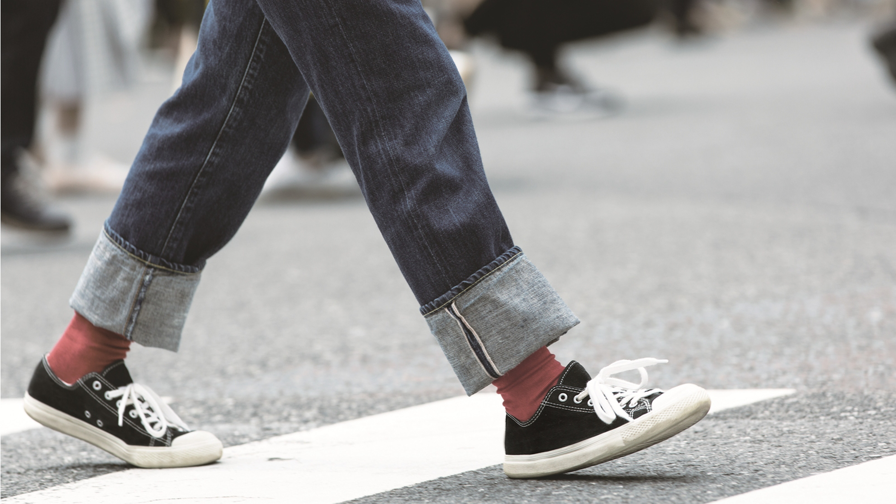 These water-repellent sneakers are