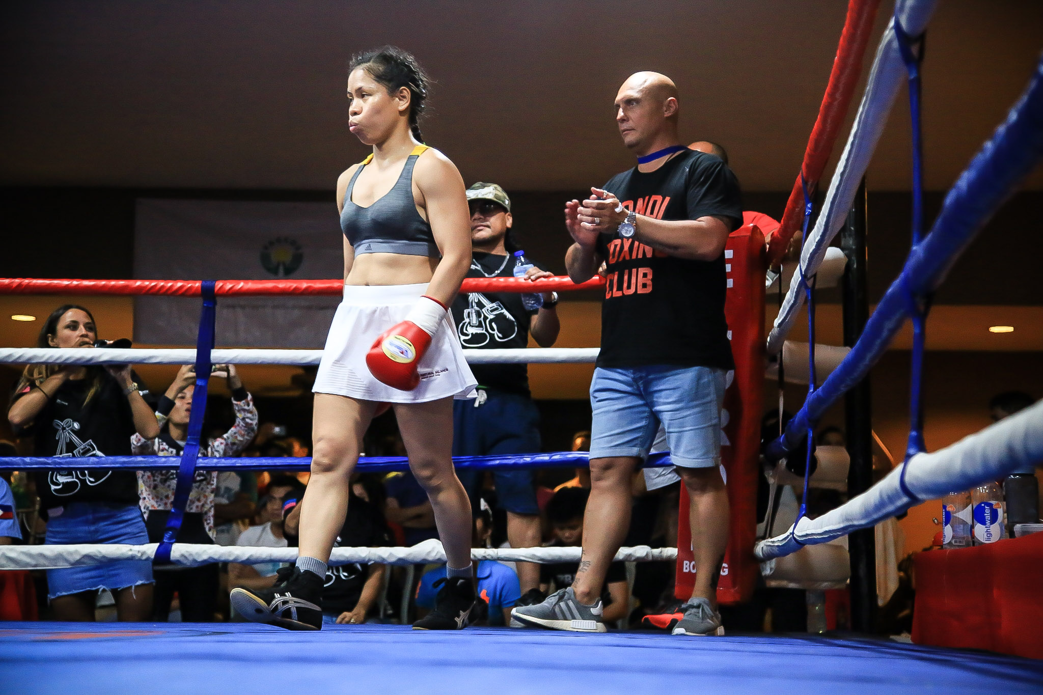 Filipina boxing champ Gretchen Abaniel continues hard-fought ...