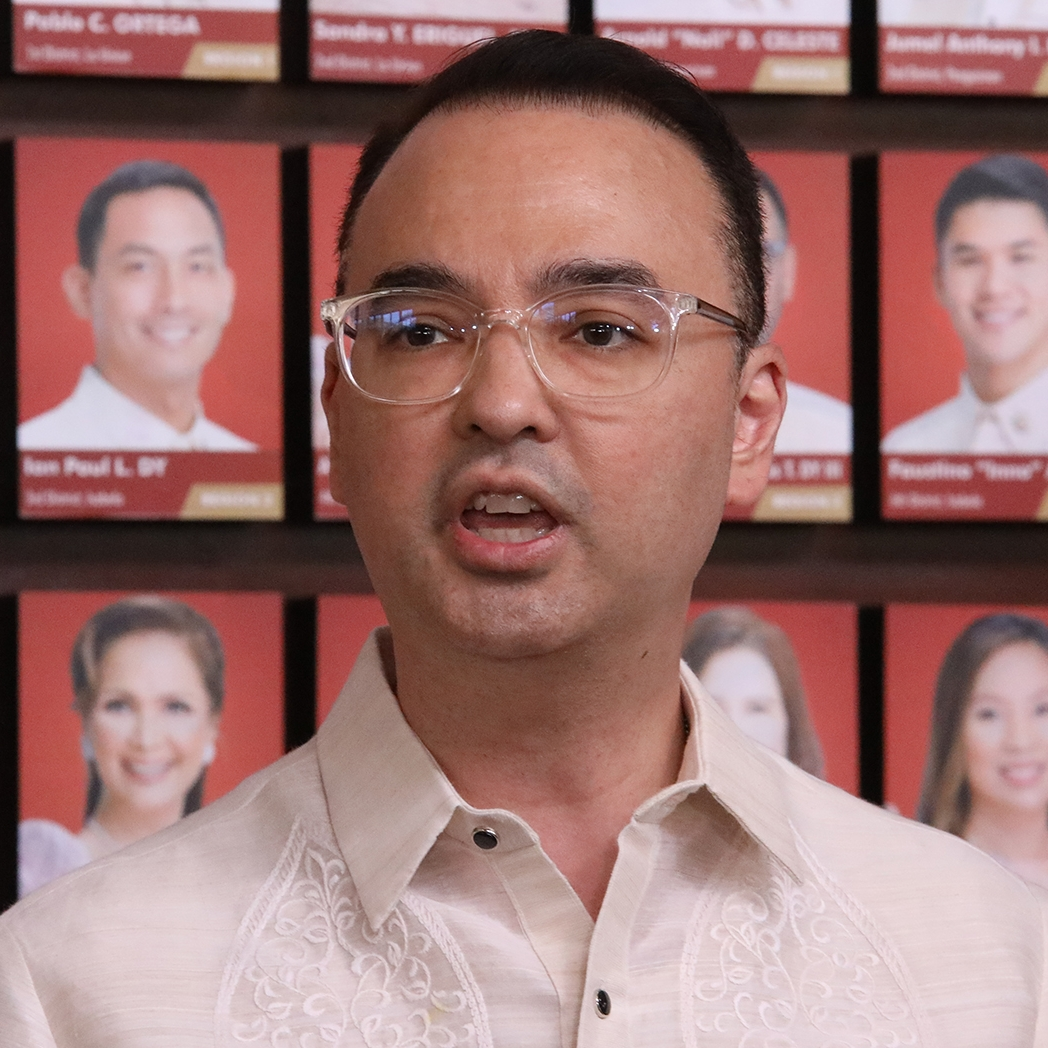 Cayetano counters Robredo, Poe: No chilling effect after dead ABS-CBN franchise - Rappler