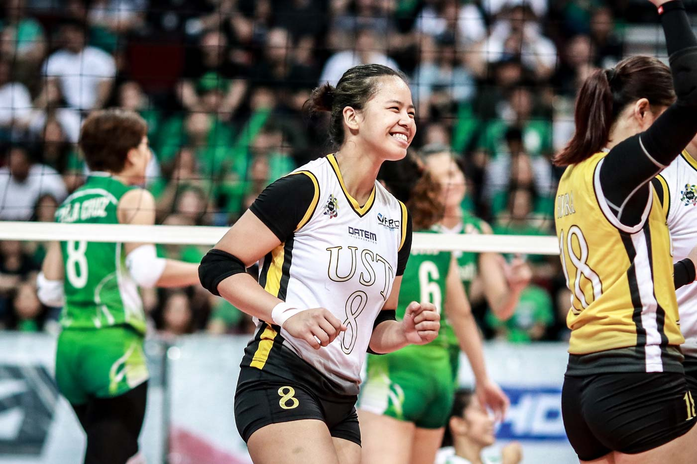 Ust Downs La Salle Dynasty Nails First Title Berth In 8 Seasons