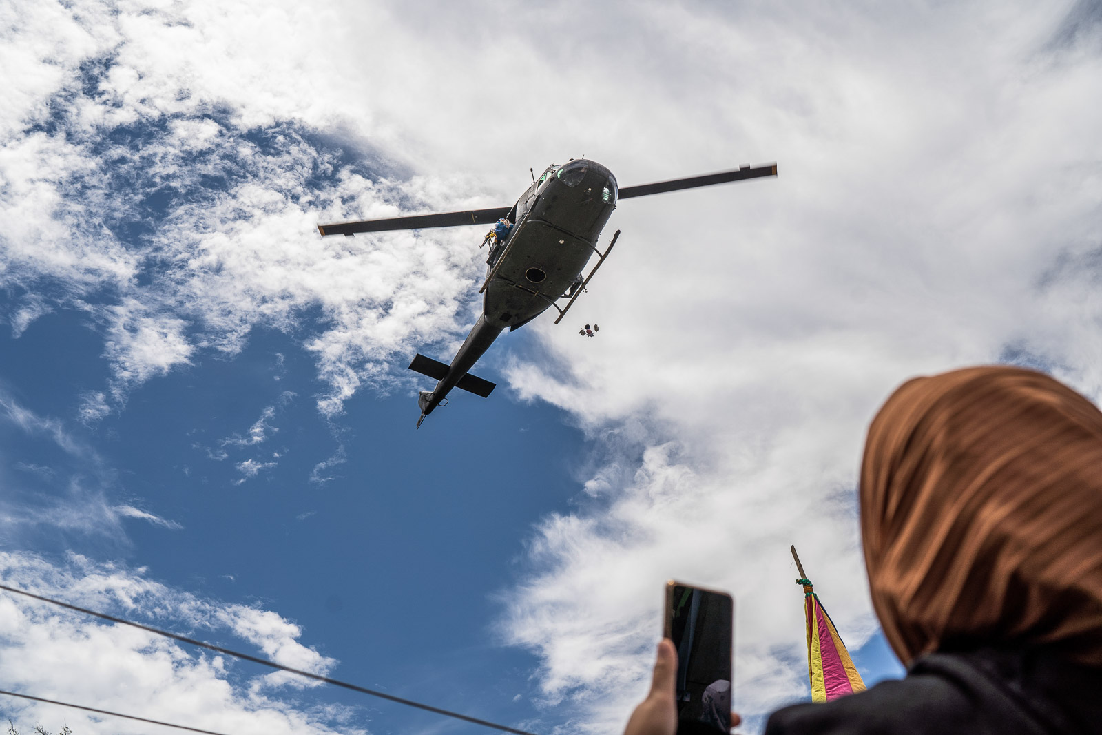 WINNING HEARTS. A helicopter drops hundreds of stuffed toys in Mohammad Ajul on October 4, 2019. Photo by Martin San Diego